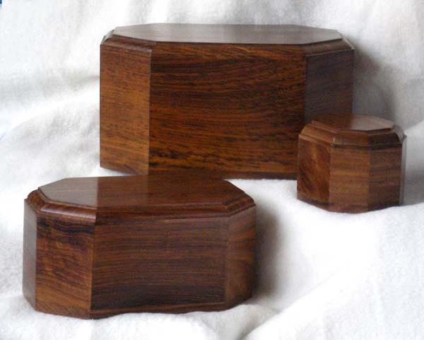 build wood urn